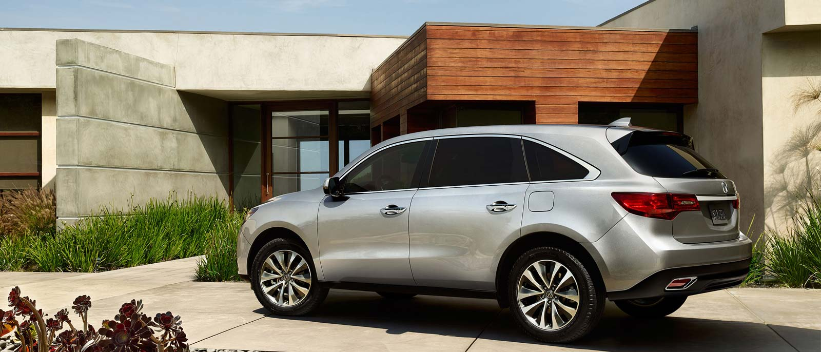 2016 Acura MDX rear exterior view