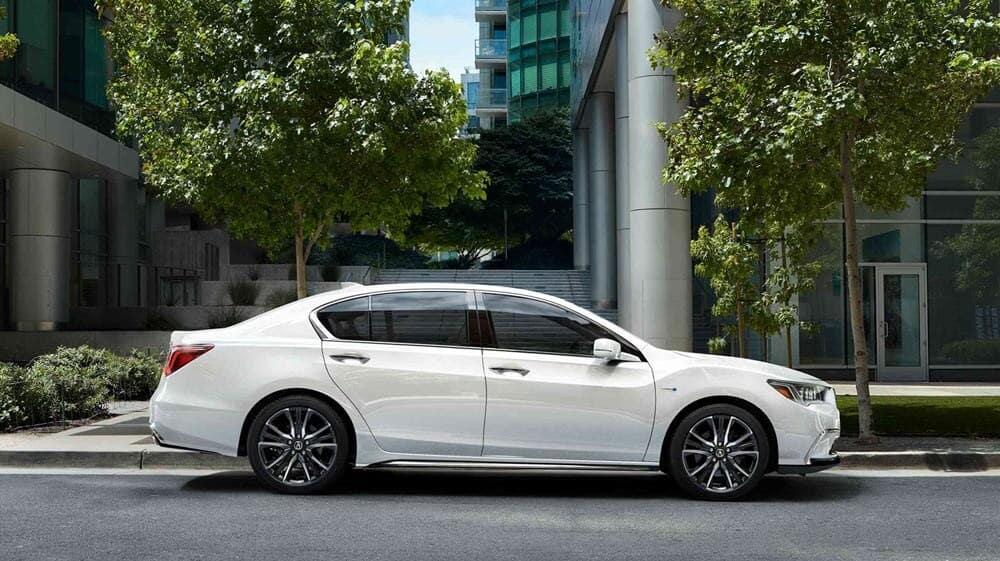 2018 Acura RLX side passenger exterior