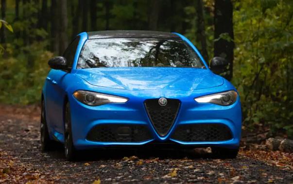 2021 Alfa Romeo Giulia Design