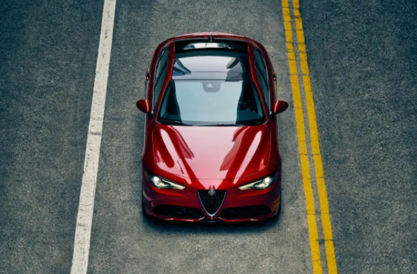 2021 Giulia Sun and Sound Package