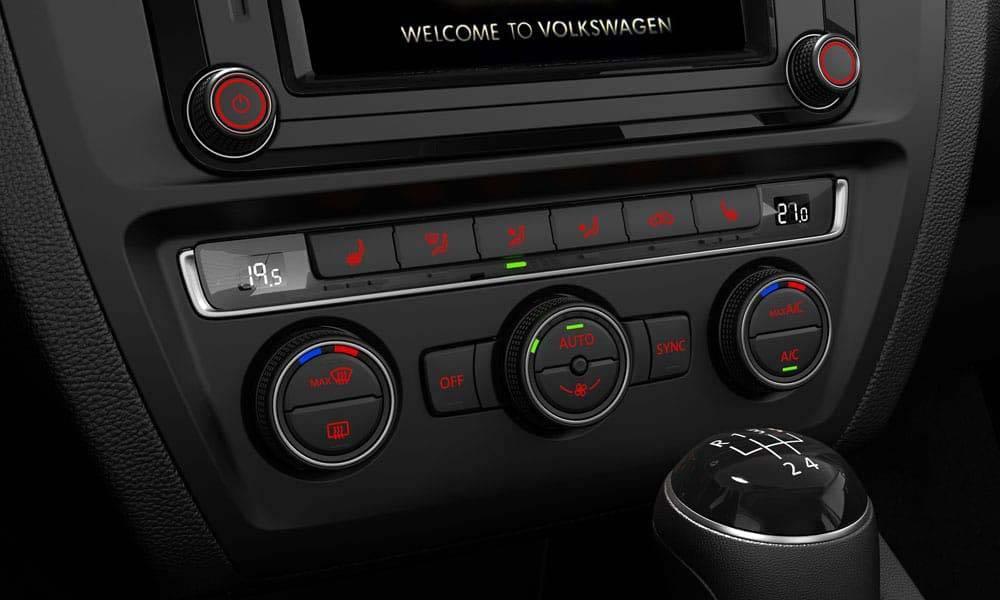 2017 VW Jetta CANADA Climatronic