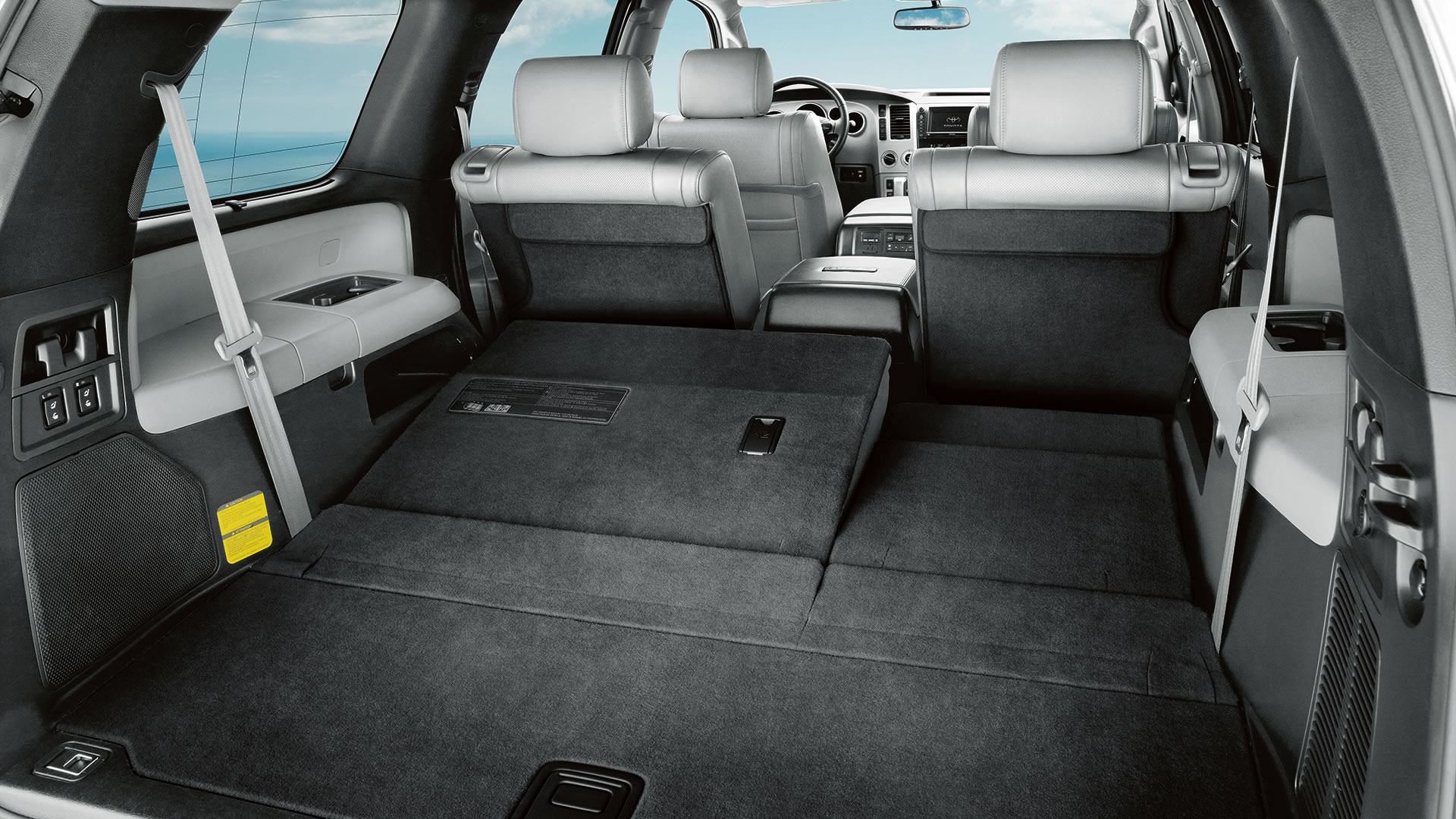 2015-toyota-sequoia-rear-interior