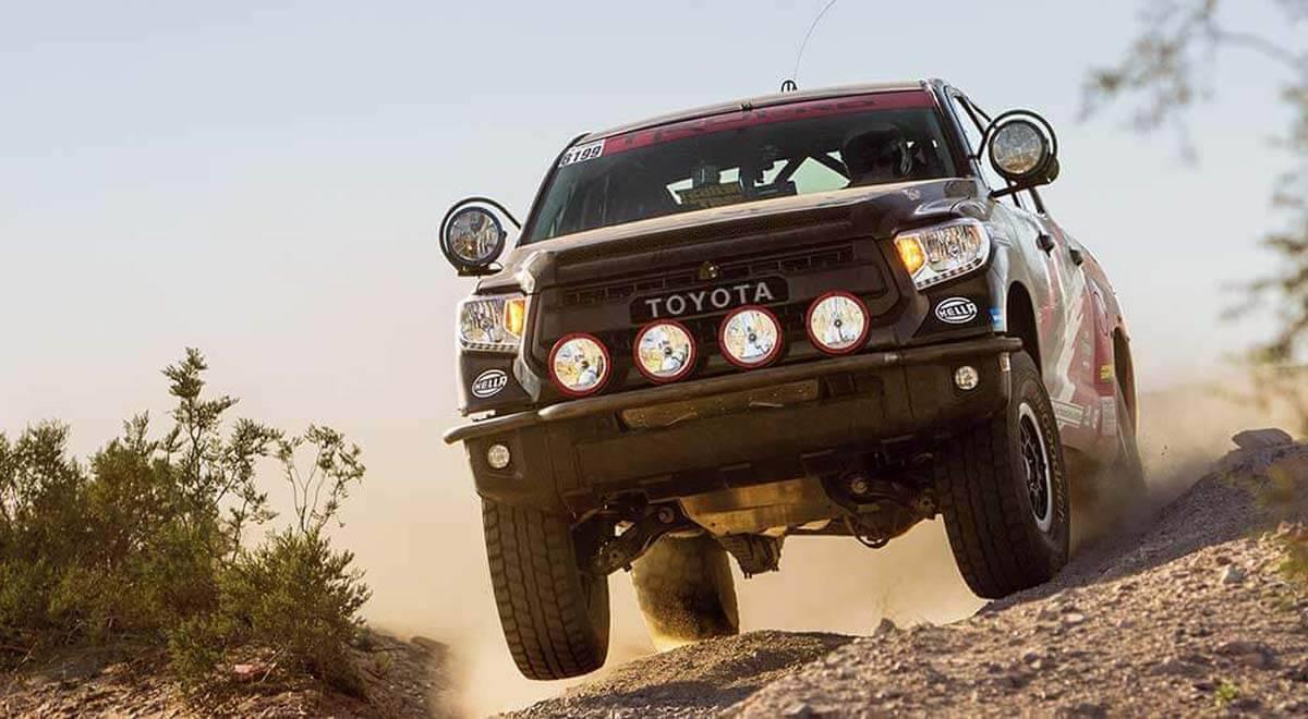 2017-Toyota-Tundra-exterior