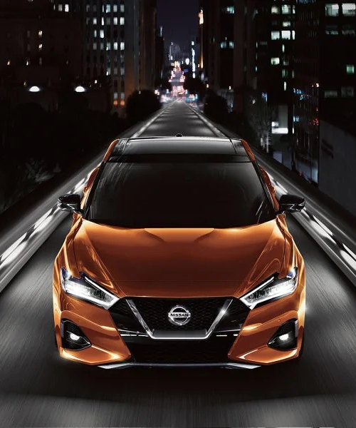 2019 Maxima at night