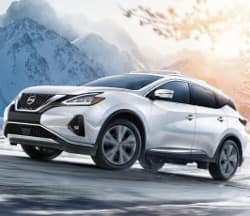 2019 Nissan Murano White in snow