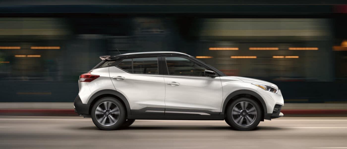2019 Nissan Kicks on road