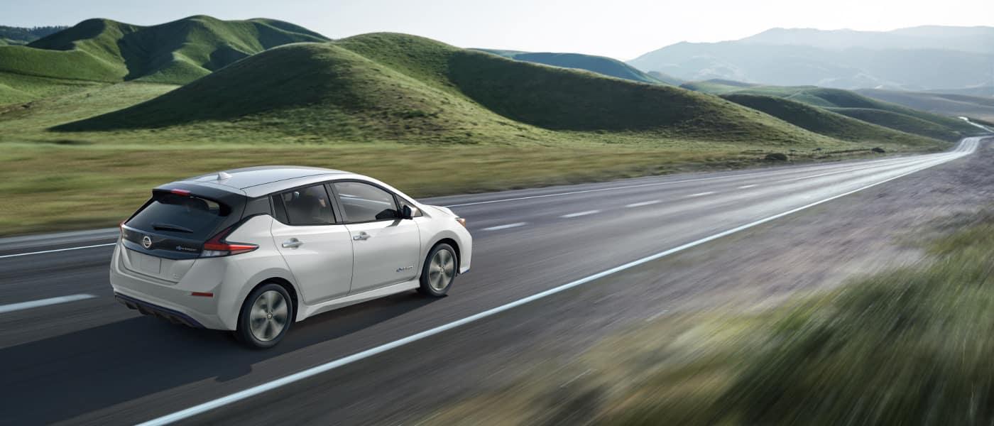 2019 Nissan Leaf white