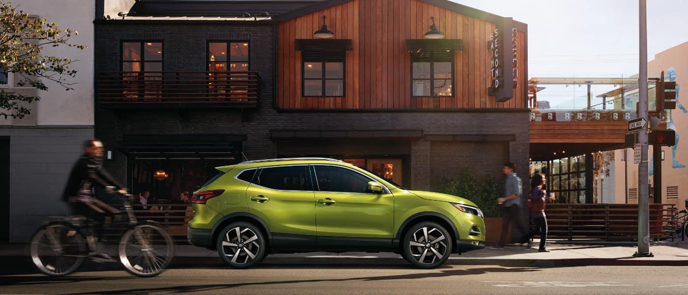 Green 2020 Nissan Rogue Sport sideview