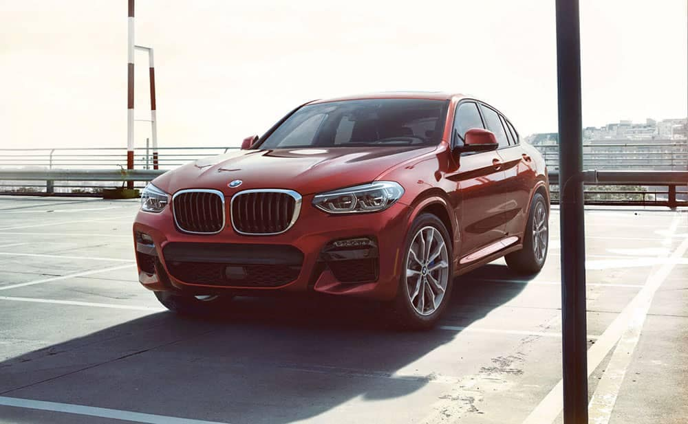 2019 BMW X4 in red