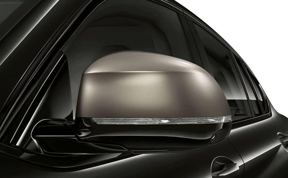 2019 BMW X4 rearview mirror