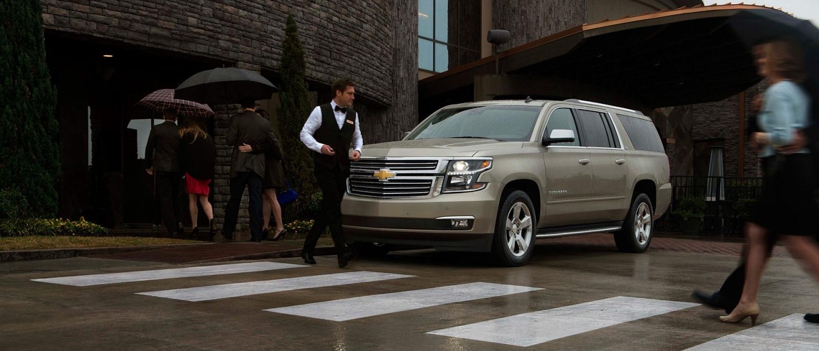 2015-Chevrolet-Suburban-1