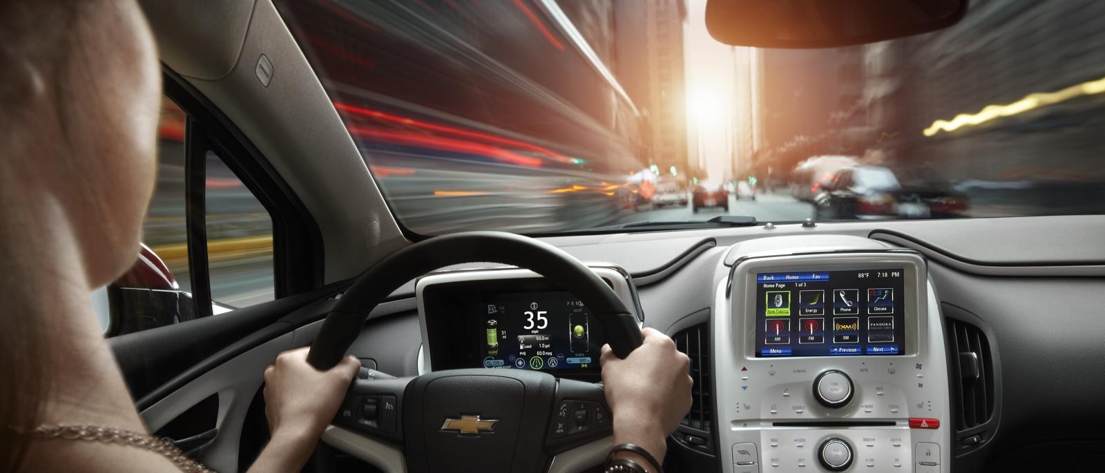 2015-Chevrolet-Volt-1