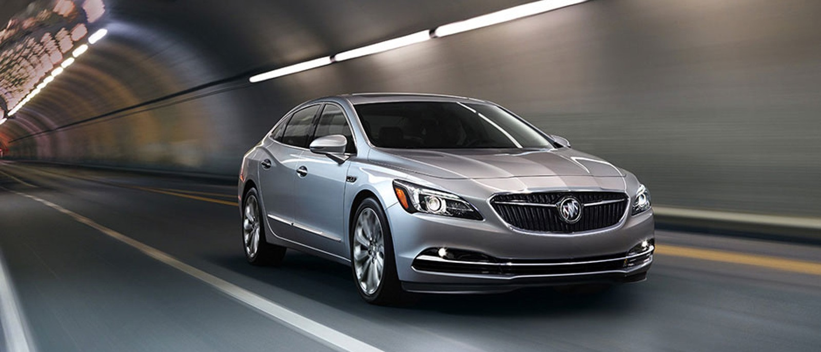 2017-buick-lacrosse-mov-performance
