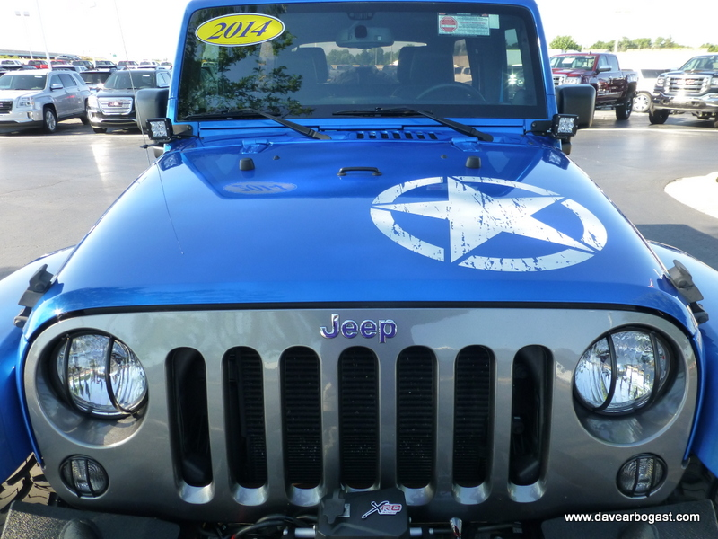 2014 Custom Jeep hood detail
