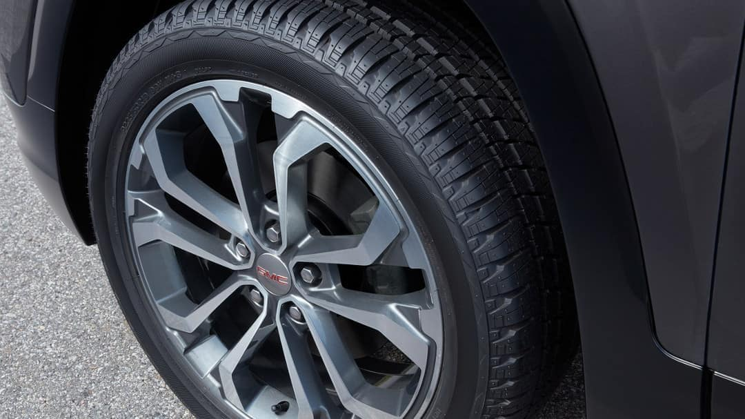 2019 GMC Terrain wheel up close