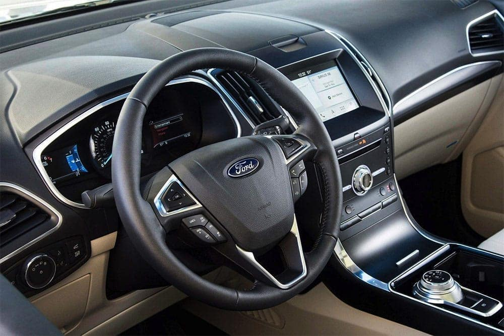 2019 Ford Edge steering wheel