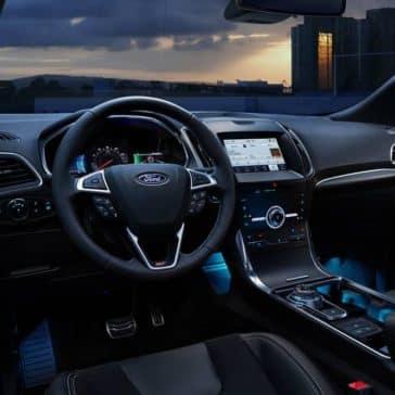 2020-Ford-Edge-