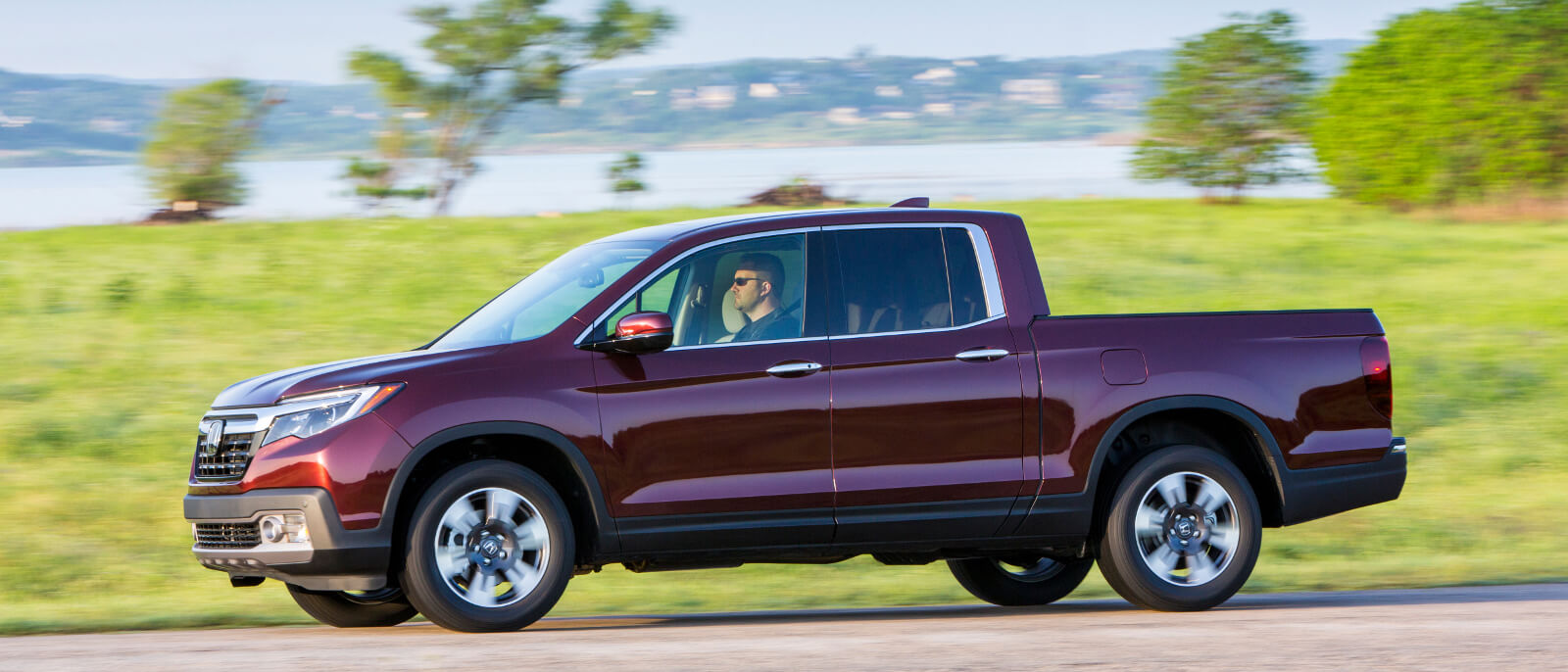 2017-Honda-Ridgeline-red