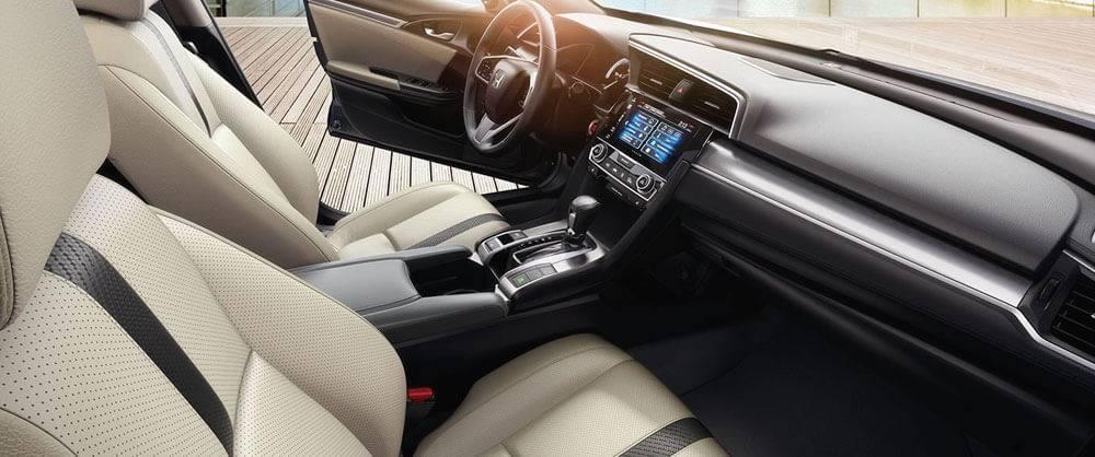 2017 Honda Civic front interior