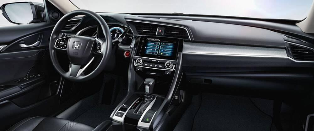 2017 Honda Civic front interior features