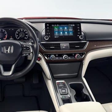 2018 Honda Accord front interior