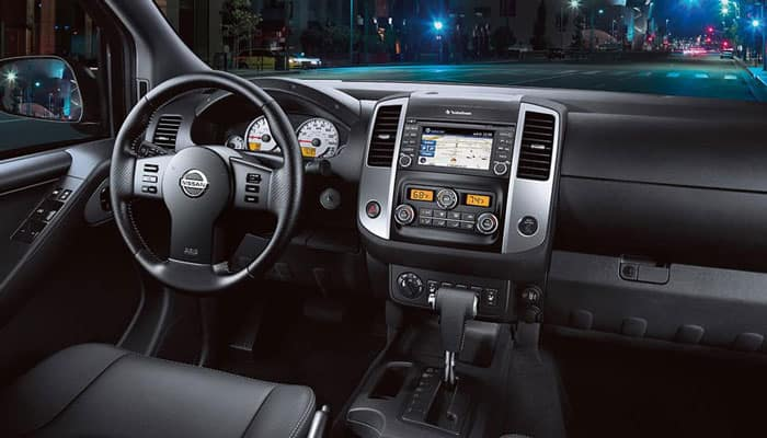 2018 Nissan Frontier Interior Consol View