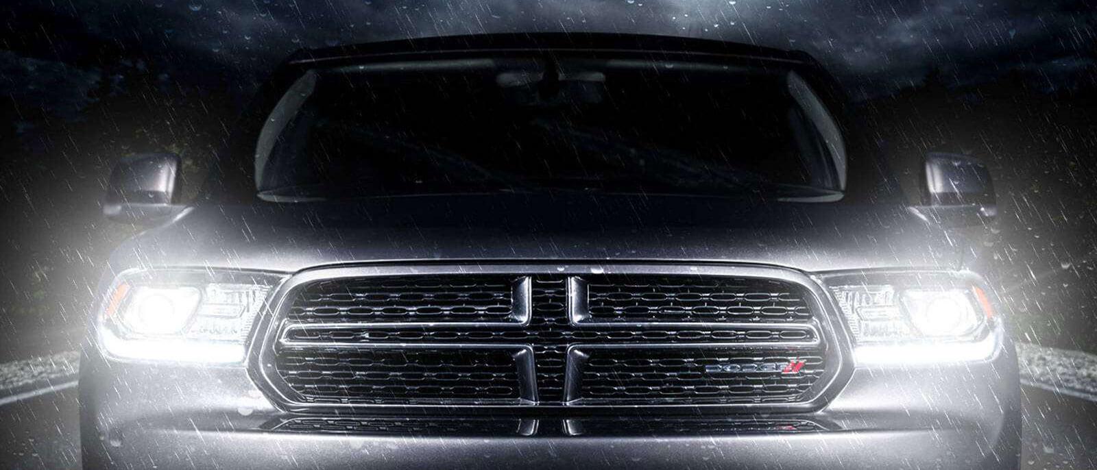 2016 Dodge Durango dramatic grille