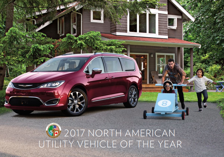 2018 chrysler pacifica with family