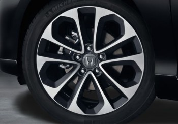 reviewing the 2014 honda accord sport. Black Bedroom Furniture Sets. Home Design Ideas