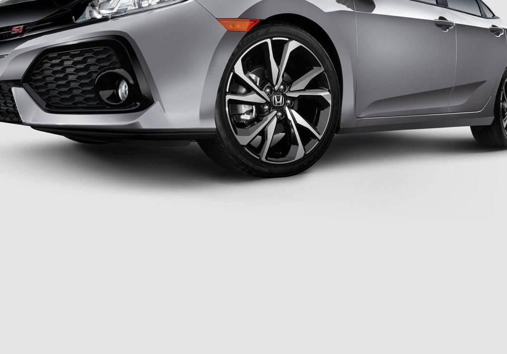 2017 Honda Civic Si Sedan Exterior Wheel Closeup