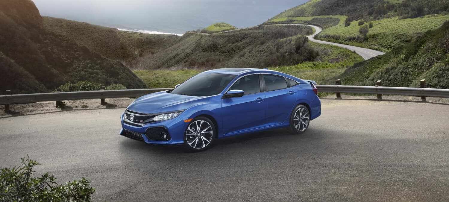 2018 Honda Civic Si Sedan Exterior Front Angle Driver Side