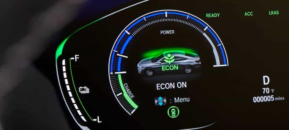 Close on Econ Drive Mode indicator of 2021 Honda Insight dashboard