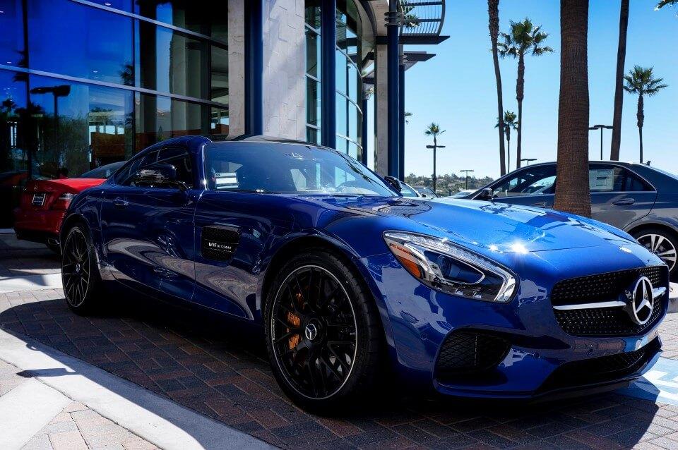 Newport Beach Tire & Wheel Center | Fletcher Jones Motorcars