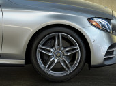 How to Check Tire Pressure on Your Mercedes-Benz