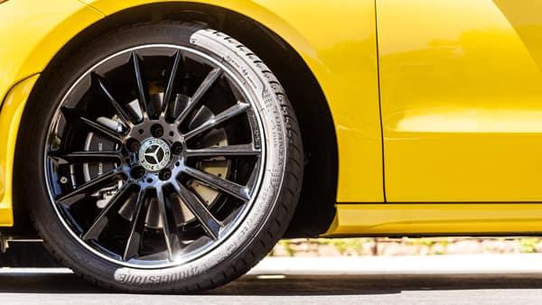 2020 Mercedes-Benz CLA Wheels and Tires