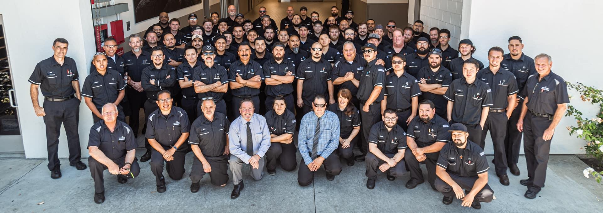 Mercedes-Benz Service Team