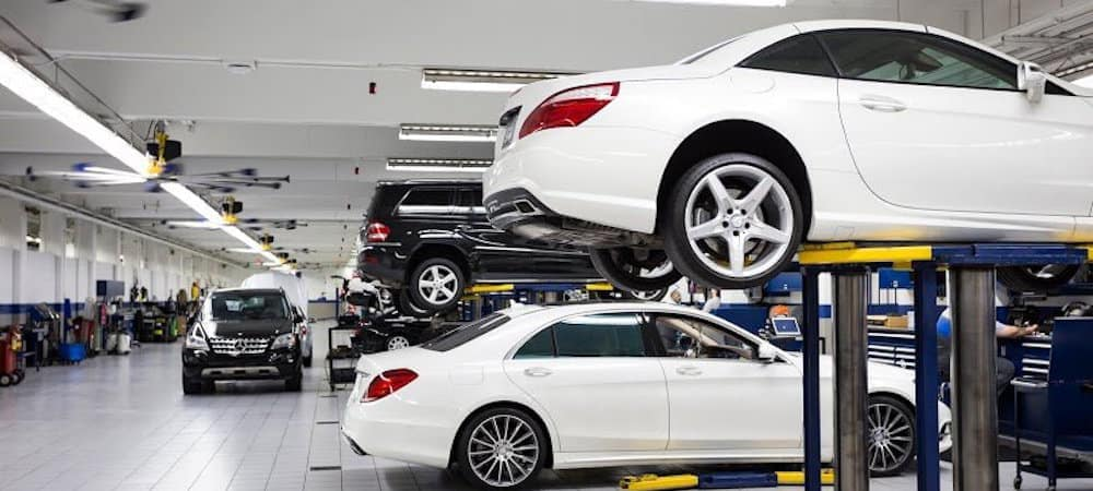 Mercedes-Benz service bay