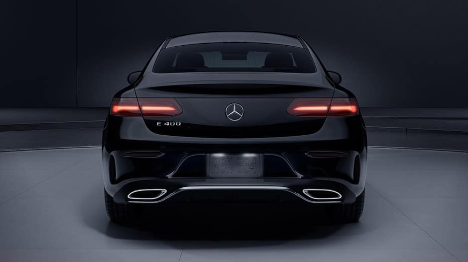 meet the new 2018 e class mercedes benz of chicago. Black Bedroom Furniture Sets. Home Design Ideas