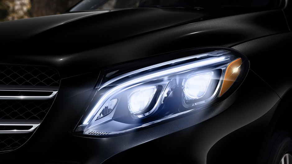 The 2018 gle suvs coupes mercedes benz of chicago for Mercedes benz north ave chicago