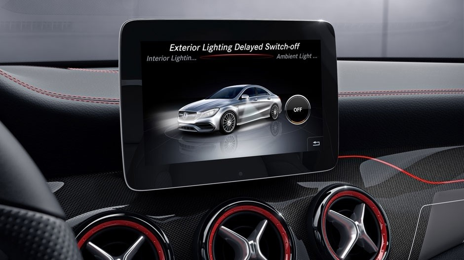 Take a ride in the sporty 2018 mercedes benz cla coupe for Fletcher jones mercedes benz chicago