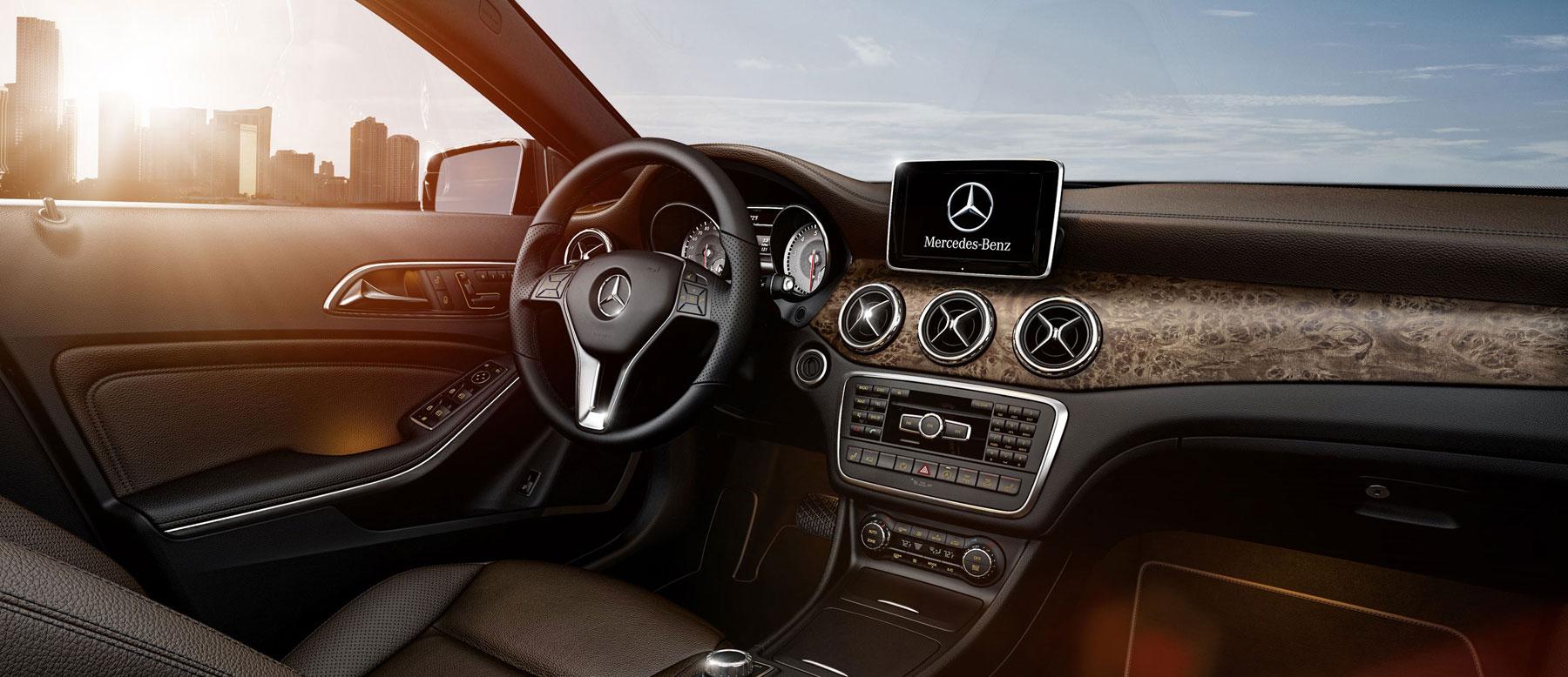 2015 mercedes benz gla250 interior mercedes benz of chicago for Mercedes benz chicago service center