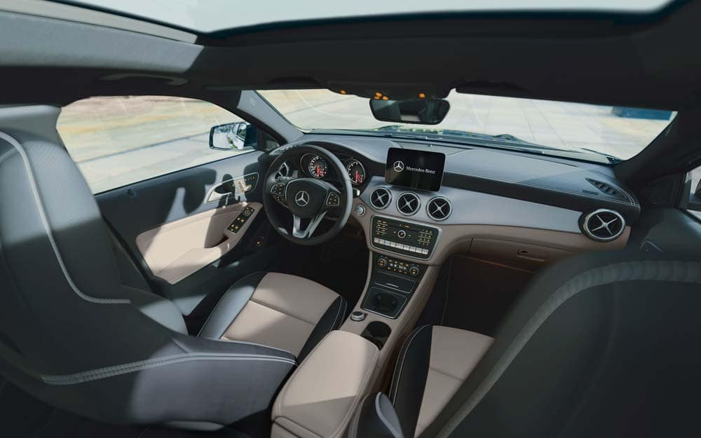 Mercedes-Benz GLA 250 Interior