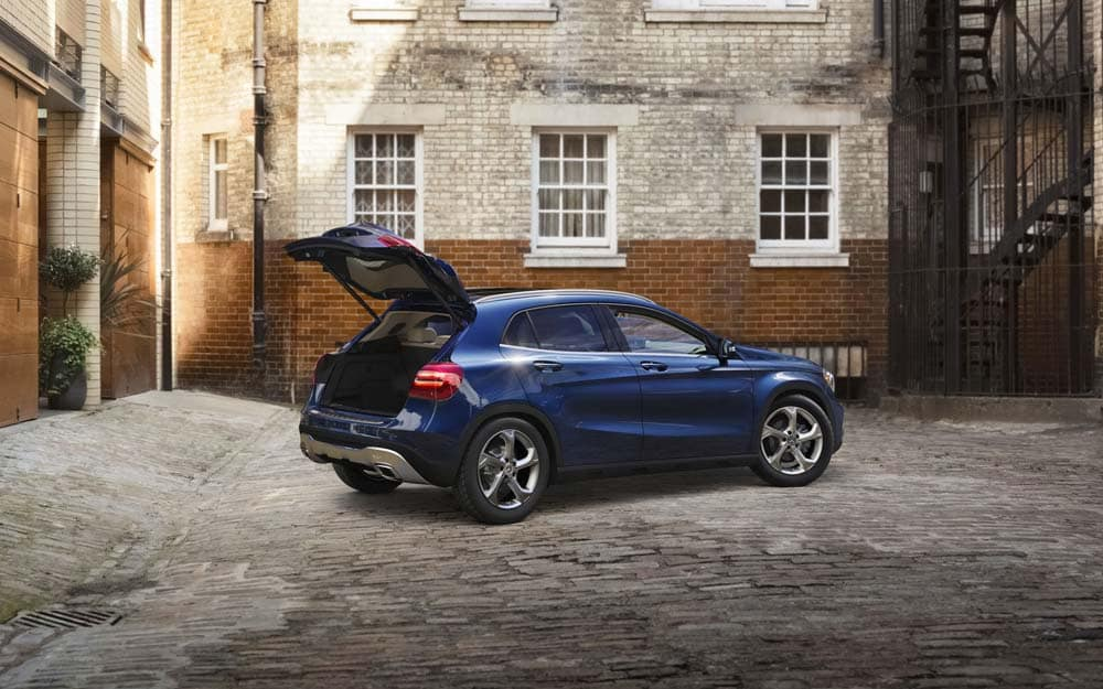 Mercedes-Benz GLA 250 Parked In Alley
