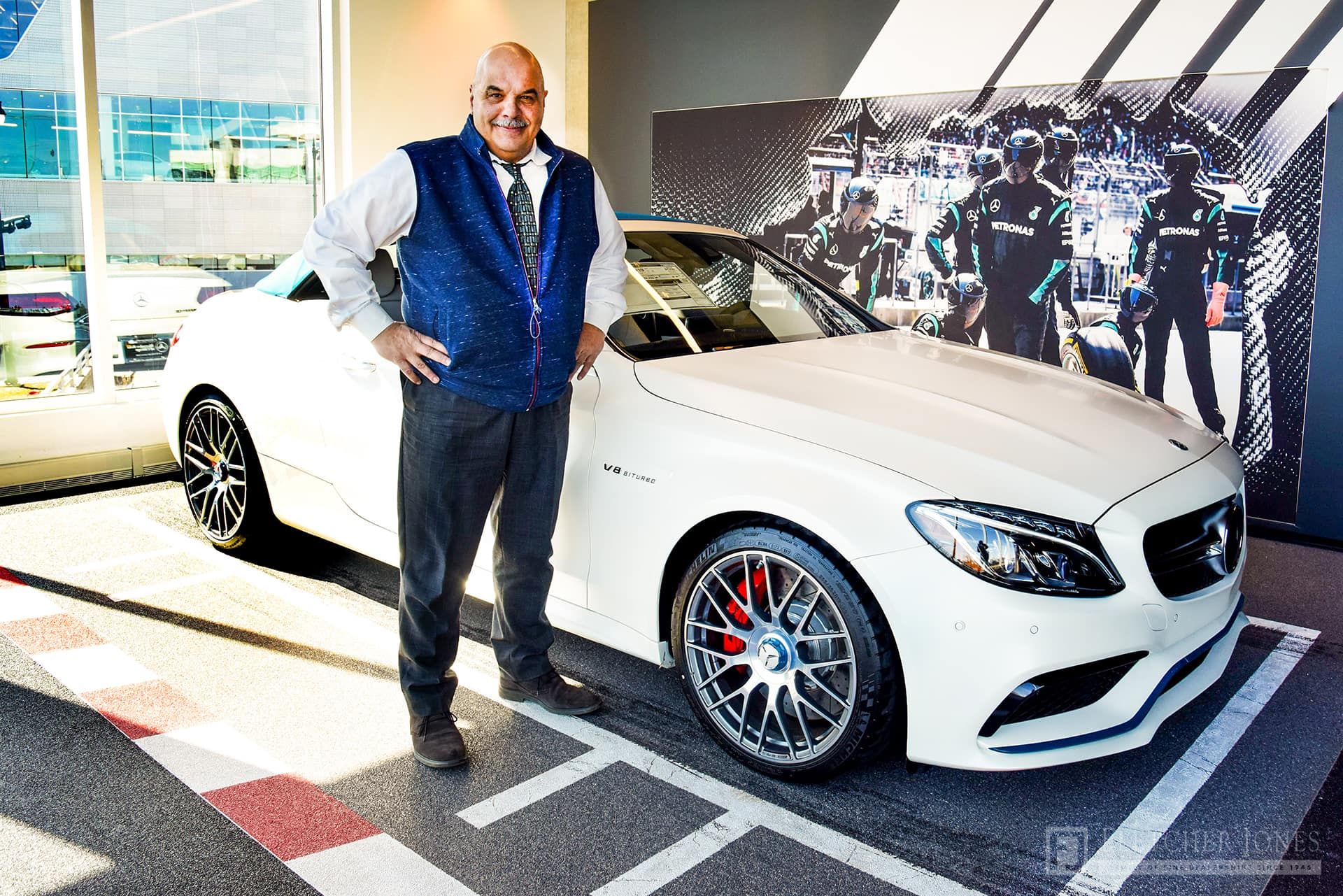 employee spotlight with sam tomaino mercedes benz of chicago. Black Bedroom Furniture Sets. Home Design Ideas