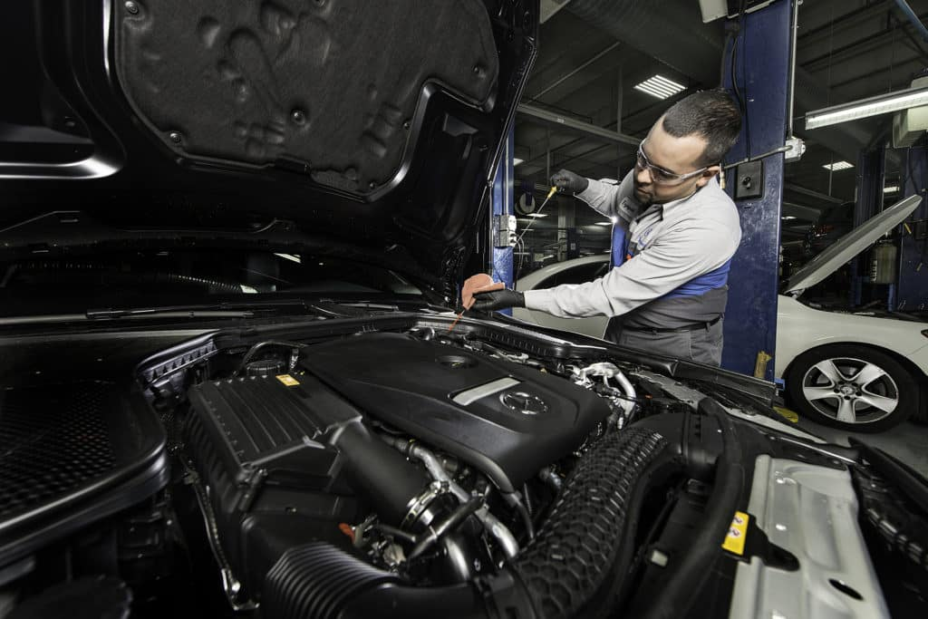 Mercedes-Benz of Chicago Master-Certified Technicians