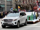 How Mercedes-Benz of Chicago Celebrates Thanksgiving