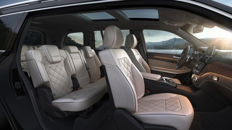 Mercedes-Benz GLS 450 seating