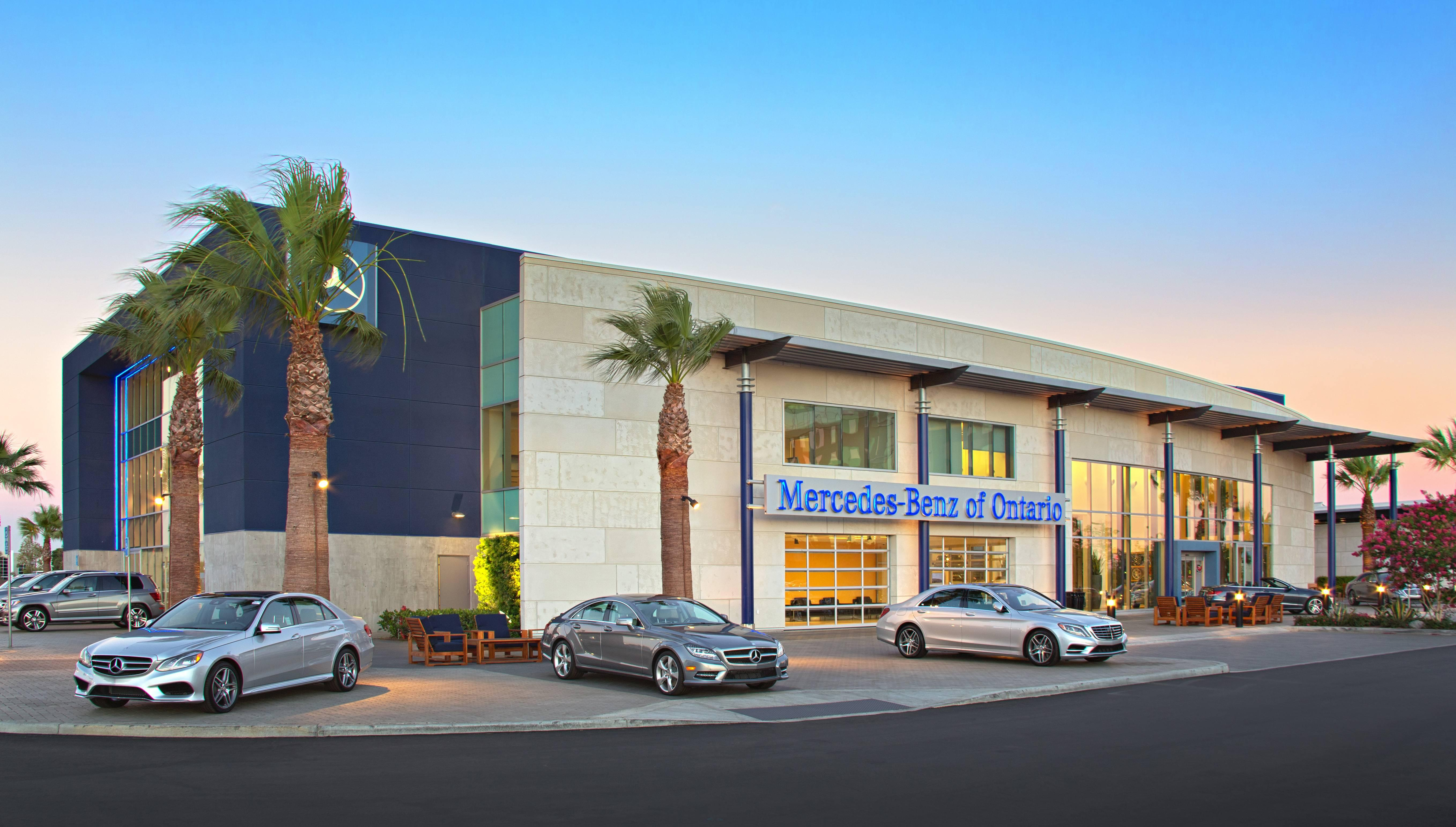 Mercedes benz of ontario dealer of the year award for Mercedes benz of ontario ca