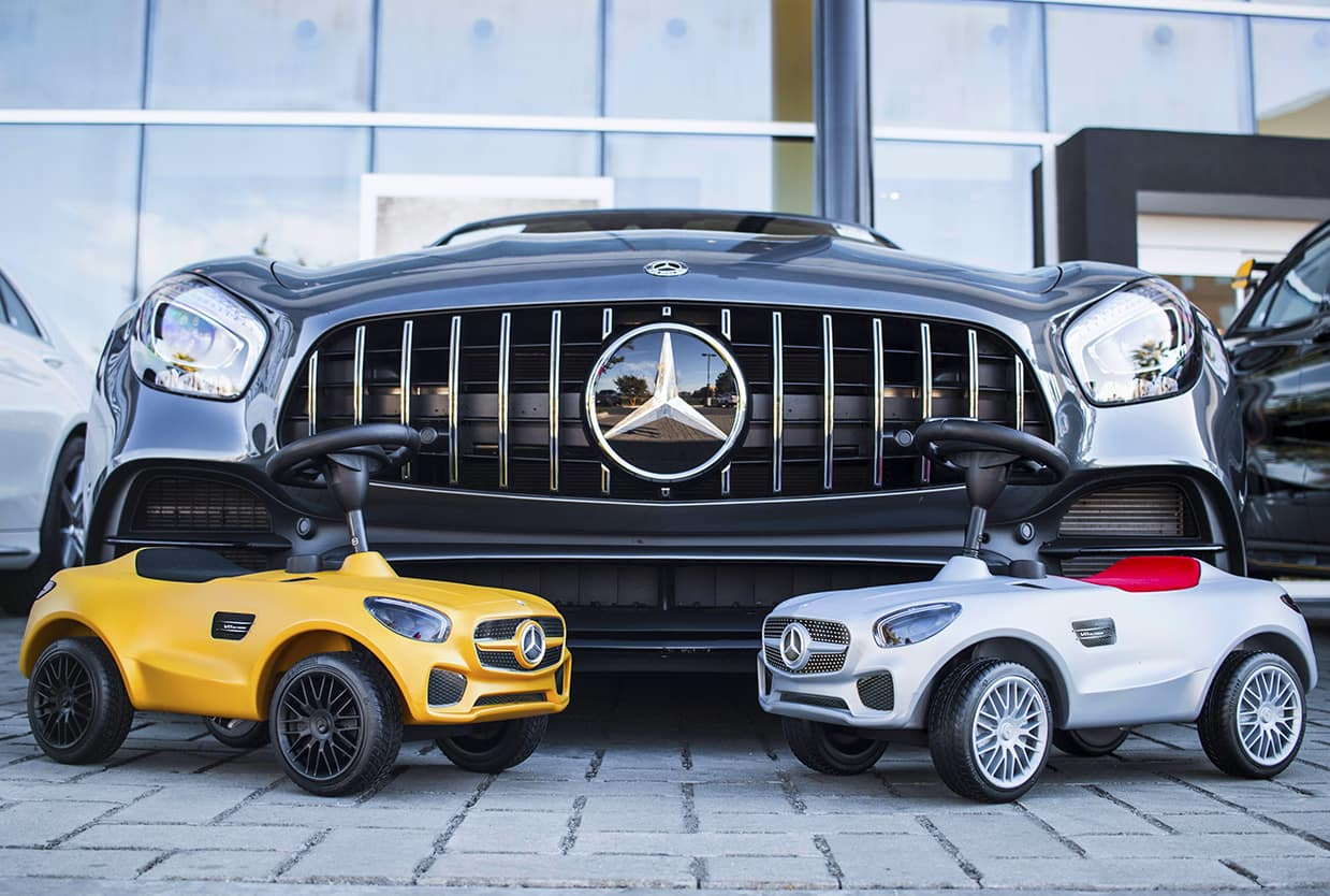 Mercedes benz of ontario starts toy drive for children s for Ontario mercedes benz dealerships