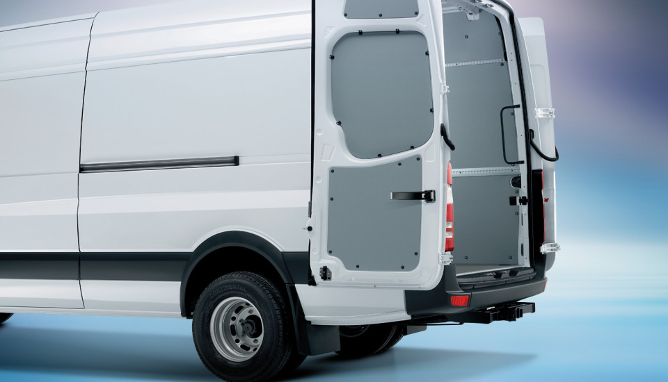Why choose a mercedes benz work van for your temecula for Mercedes benz work vans